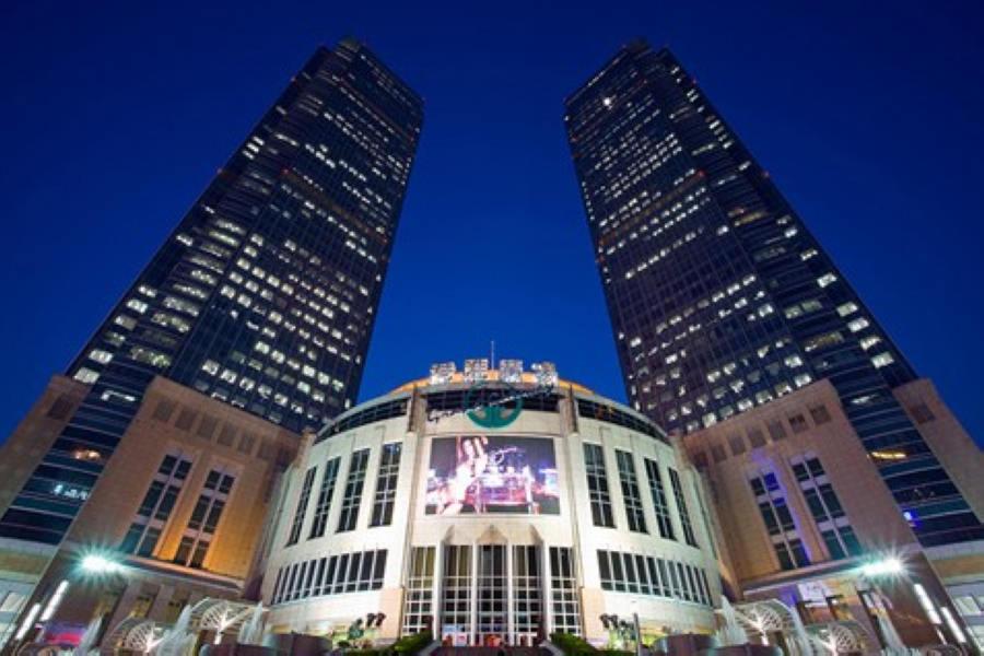 مرکز خرید گرند گیت وی | Grand Gateway