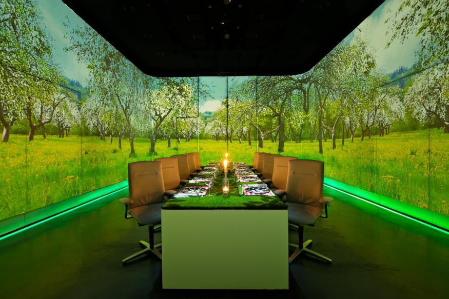 رستوران اولتراویولت | Ultraviolet