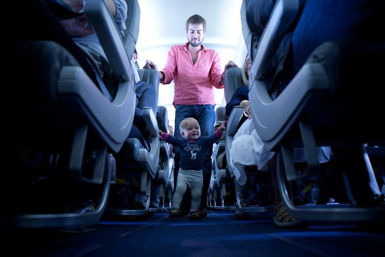 8- در طول پرواز تحرک داشته باشید!