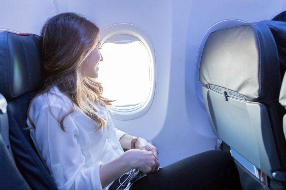 10 راهکار برای آسان سپری کردن پروازهای طولانی