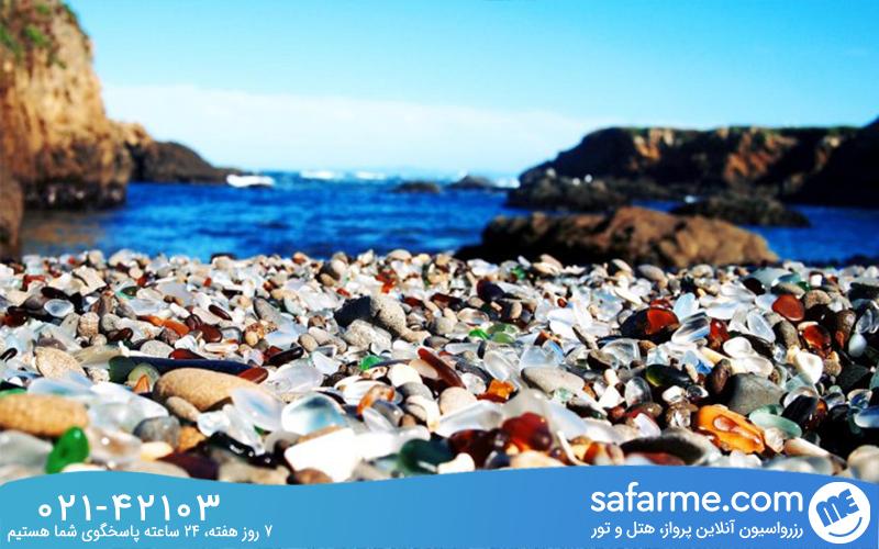 چگونگی تبدیل شیشه ها به ماسه های شیشه ای در ساحل کالیفرنیا