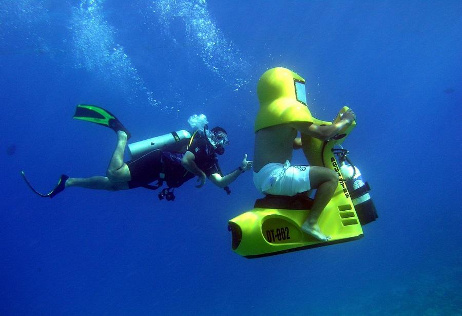 اسکوتر زیردریایی کیش - گردشگری کیش