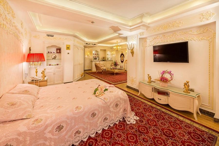 سوئیت پرنسس هتل قصر طلایی مشهد