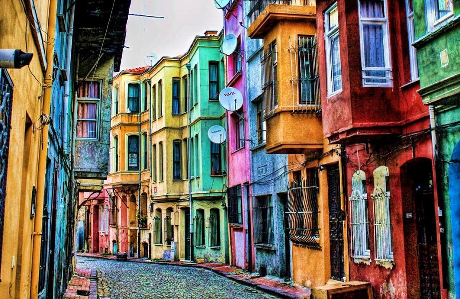 محله بالات یکی از دیدنی ترین مکان های استانبول