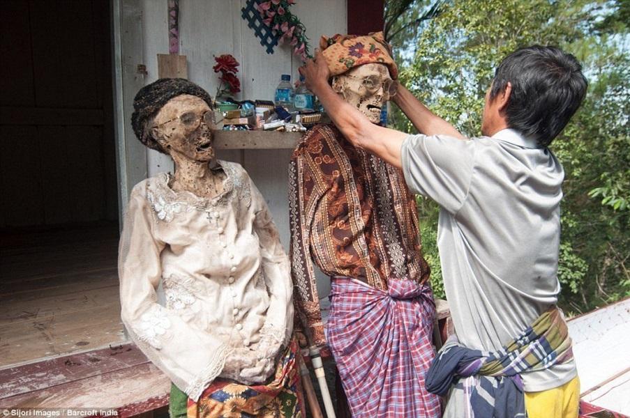 زندگی با مردگان در اندونزی - حقایق باورنکردنی جهان