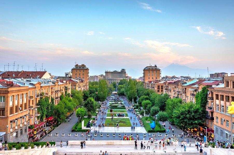 کاسکاد یا هزارپله در پایتخت ارمنستان